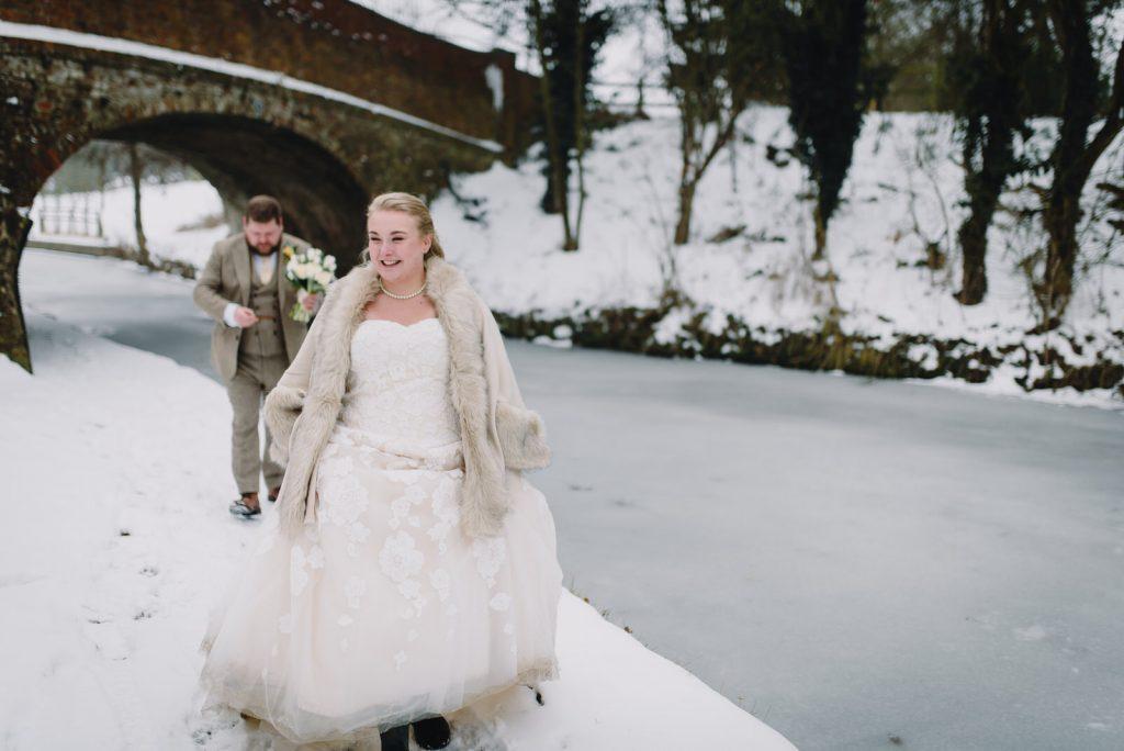 dodmoor-house-wedding-winter-snow-232