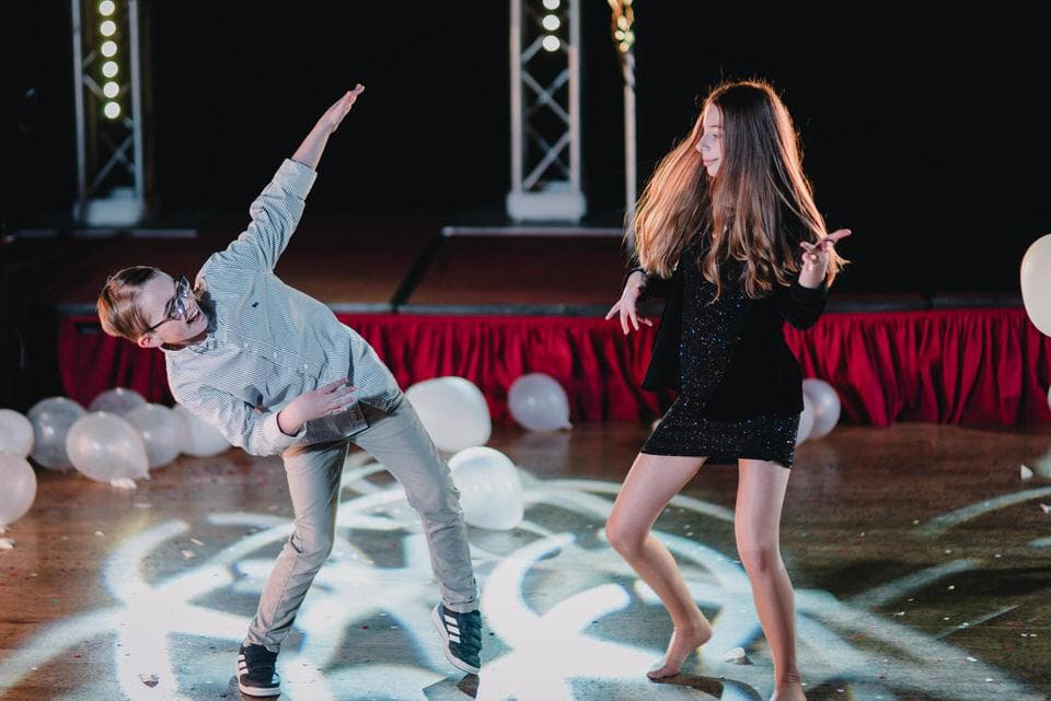 dance-floor-wedding-photographer16