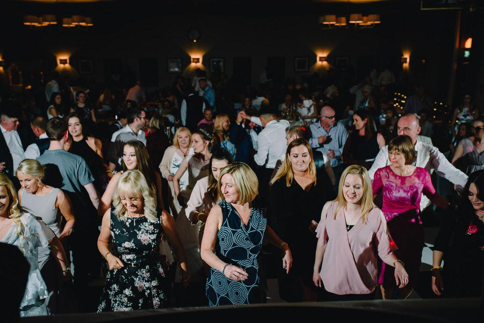 dance-floor-wedding-photographer4