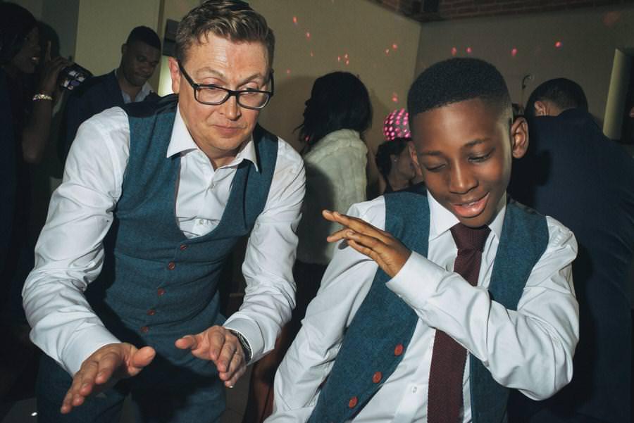 dance-floor-wedding-photographer99
