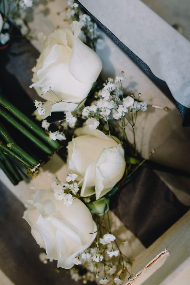 mythe-barn-wedding-leicestershire-li-10